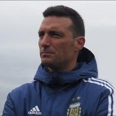 Скалони временно возглавил сборную Аргентины