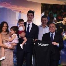 Агент Куртуа рассказал почему вратарь переехал в Мадрид
