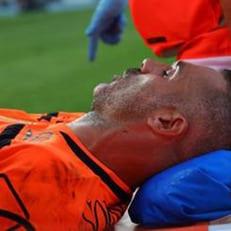 Соррентино сломал нос в столкновении с Роналду