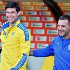 Шевченко вызвал 22 игроков на матчи против Чехии и Словакии