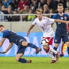 Словакия крупно обыграла Данию