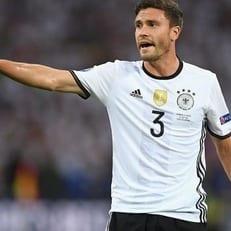 Йонас Хектор пропустит ближайшие матчи сборной Германии