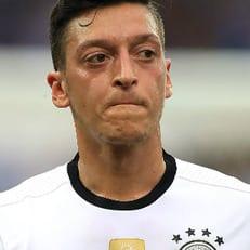 Немецкий футбольный союз категорически опровергает заявление Месута Озила о расизме