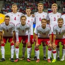 Дания сыграет с Уэльсом основным составом