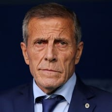 Табарес продлил контракт со сборной Уругвая