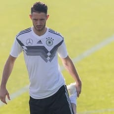 Ут стал сотым дебютантом сборной Германии под руководством Лева