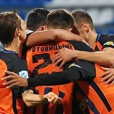 """Шахтер"" обыграл ""Арсенал-Киев"""