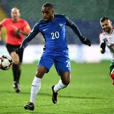 Ляказетт и Сиссоко заменят Погба и Марсьяля в сборной Франции