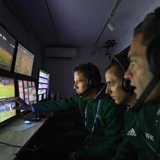 Клубы АПЛ согласились на использование VAR со следующего сезона
