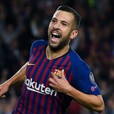 """""""Барселона"""" начнет переговоры по новому контракту с Альбой"""