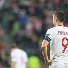 Роберт Левандовски покинул расположение Польши
