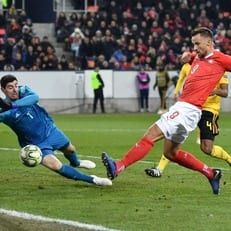 Куртуа второй раз в сезоне пропустил пять мячей за матч