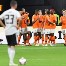 Германия - Нидерланды: стартовые составы