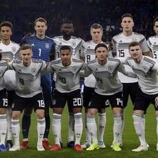 Германия впервые за 40 лет не смогла выиграть в пяти официальных матчах кряду