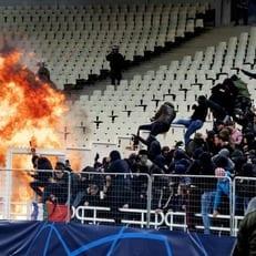 """УЕФА рассмотрит дело по поводу матча АЕК - """"Аякс"""""""