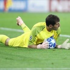 Касильяс - второй игрок в истории, достигший 100 побед в Лиге чемпионов