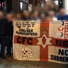 """Фанаты """"Челси"""" сфотографировались с флагом с нацистской символикой"""