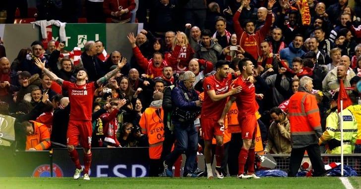 """Игроки """"Ливерпуля"""" празднуют победный гол"""