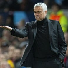 "Моуриньо получил компенсацию от ""Манчестер Юнайтед"""