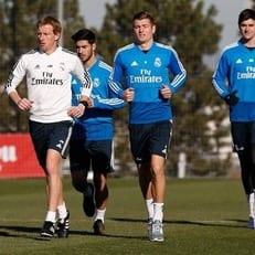 """Асенсио, Льоренте, Кроос, Бэйл и Куртуа вернулись к тренировкам с """"Реал Мадридом"""""""