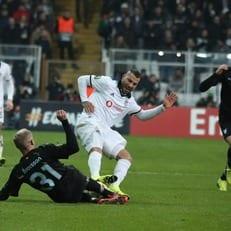 УЕФА дисквалифицировал Куарежму на три матча