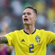 Микаэль Люстиг получил травму в матче Румынией