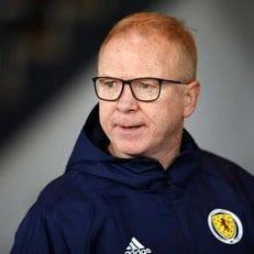 Алекс Маклиш уволен с поста главного тренера сборной Шотландии