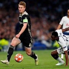 Де Лигт – самый молодой капитан в истории полуфиналов ЛЧ