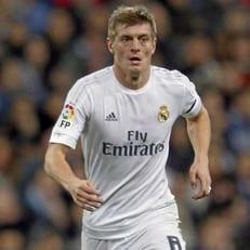 """""""Реал Мадрид"""" объявил о продлении контракта с Тони Кроосом до 2023 года"""