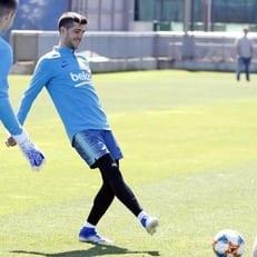 """Артур вернулся к тренировкам """"Барселоны"""" и может сыграть в финале кубка Испании"""