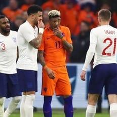 Нидерланды - Англия: стартовые составы