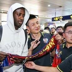 Яя Туре продолжит карьеру в клубе 2-го дивизиона Китая