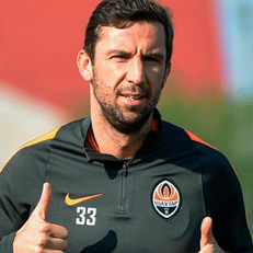 Дарио Срна подтвердил информацию о завершении карьеры футболиста