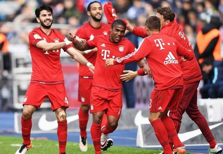 """Бавария"" отмечает забитый гол, Getty Images"