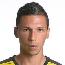 Хосе Холебас