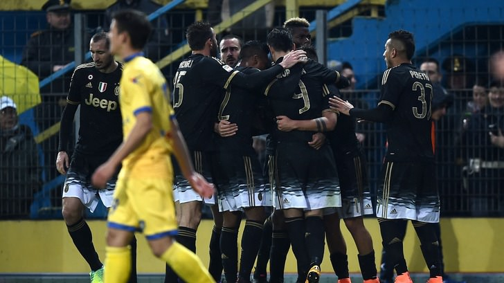 Ювентус - Фрозиноне (2-0), Goal.com
