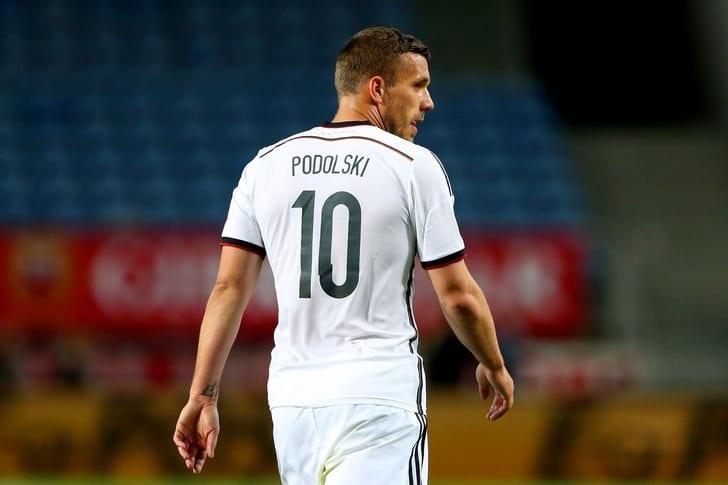 Подольски завершил карьеру всборной Германии