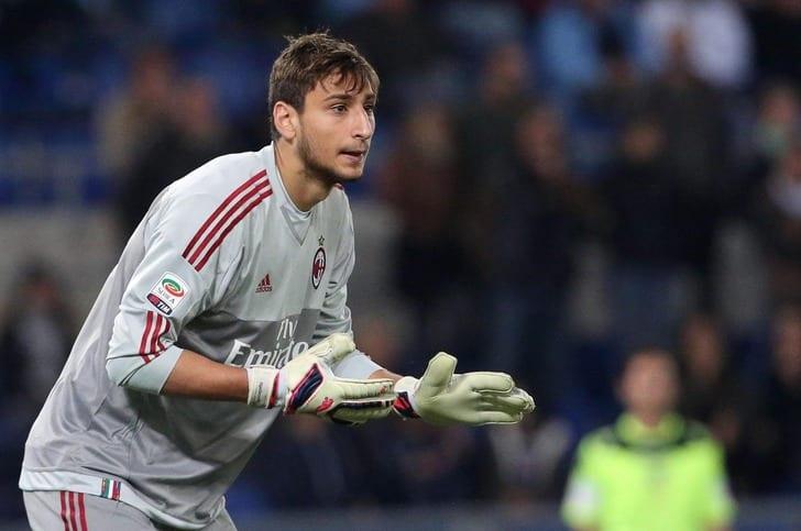 Доннарумма стал самым молодым игроком за105 лет, вызванным всборную Италии