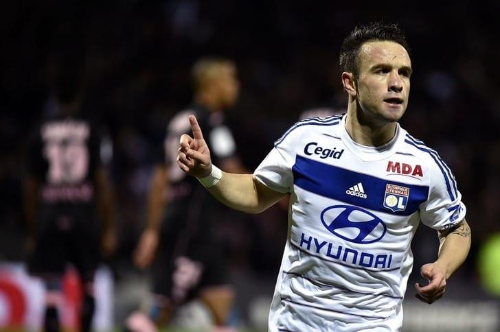 Вальбуэна пропустит матч «Лиона» с«Бордо» из-за травмы