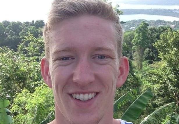 Английский футболист умер в26 лет вовремя матча