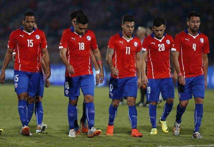 ФИФА оштрафовала 11 ассоциаций занеспортивное поведение болельщиков