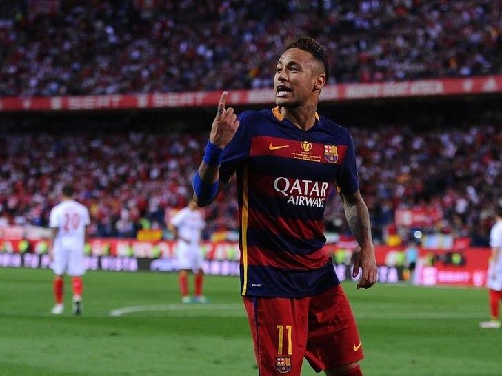 Неймар поновому договору  будет получать в«Барселоне» больше Лионеля Месси?
