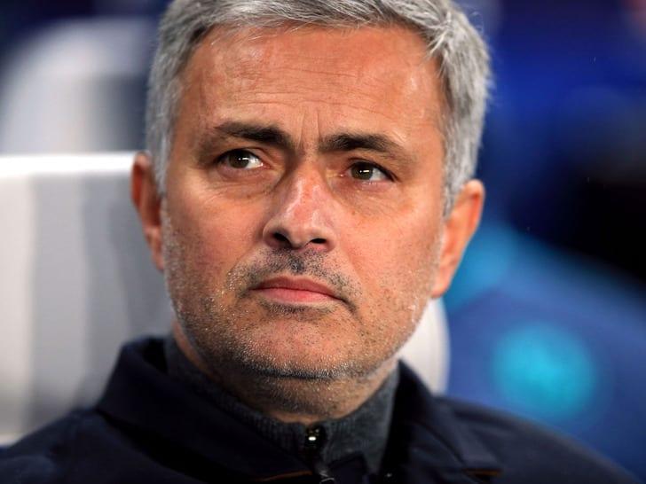 Моуриньо: арбитр матча Ливерпуль— МЮнаходится под давлением