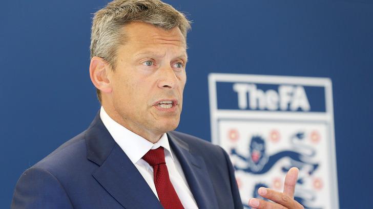 Мартин Гленн, thefa.com