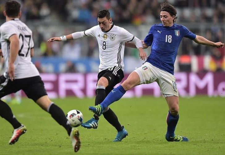 ФИФА протестирует систему видеоповторов вматче сборных Италии иГермании