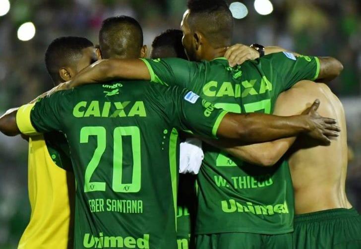ВКолумбии разбился самолёт сбразильской футбольной командой