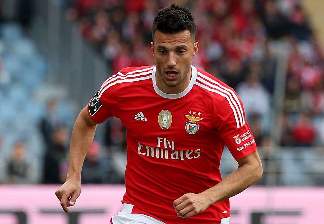 Полузащитник «Бенфики» Самарис может продолжить карьеру в«Зените»
