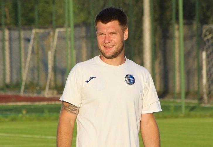 Украинский футболист Кирилл Петров продолжит карьеру вАзербайджане